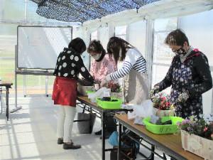 第10回 みどりの教室「心ウキウキ、季節のおもてなし」レポート